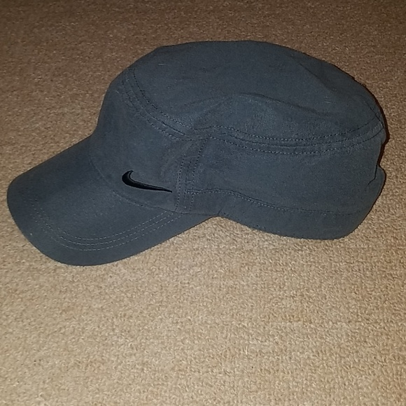Women s Nike golf hat 297e4480386